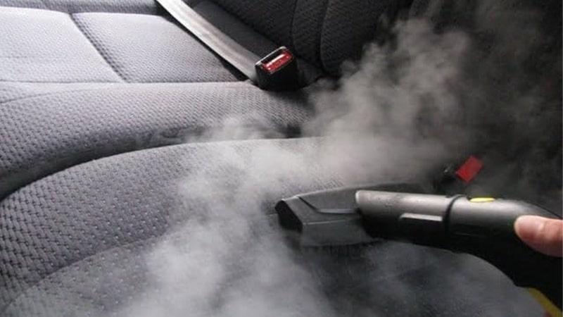 تمیز کردن فضای داخلی خودرو